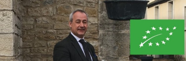 Albert Bichot is a Beaune family-run company that has been managed since 1996 by Albéric Bichot; it owns 6 estates totalling 105 hectares of vines.